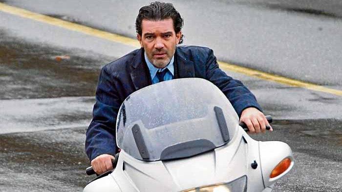 Rodar con Arte. Antonio Banderas y su pasión por las motos