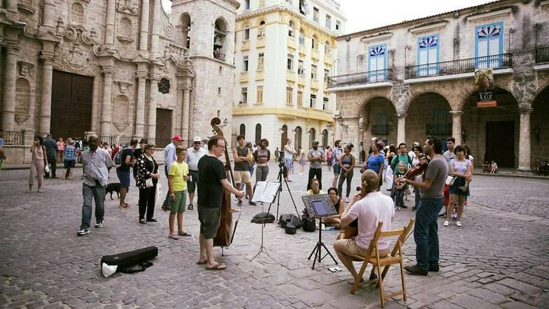 Pórticos dancísticos en dos festivales musicales