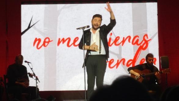 Miguel Poveda enlorquece en Granada