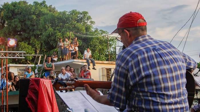 Silvio y su corazón: Concierto 100 de la Gira por los barrios