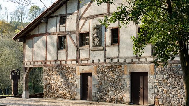 Museo Chillida Leku reabre sus puertas