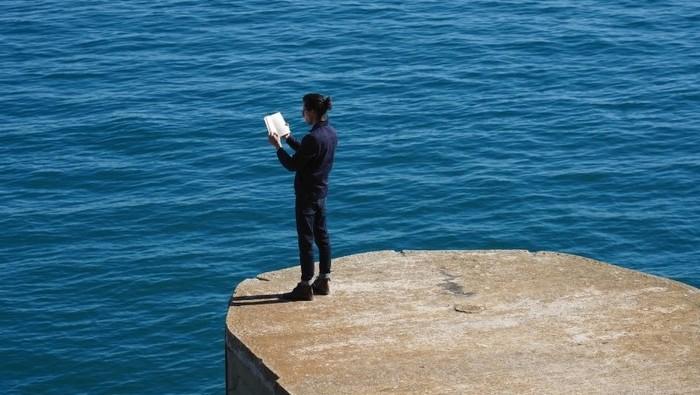 Marco Godinho. Written by Water