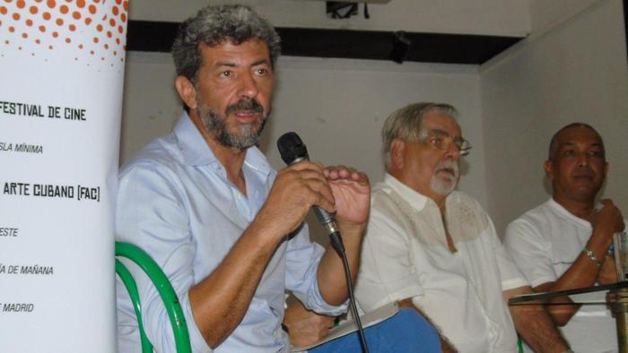 Dialoga delegación de la Muestra de Cine Español con periodistas cubanos