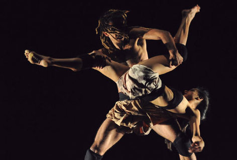 "The dance of ""OtroLado"""
