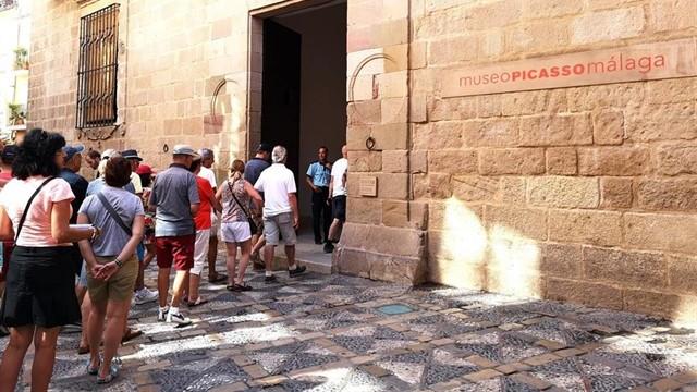 Celebran en Málaga Día Mundial del Turismo desde el arte