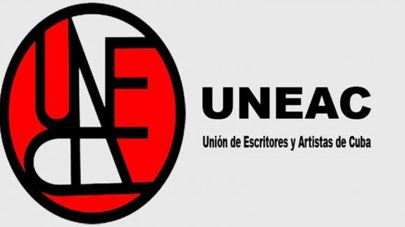 En la UNEAC premios y beca