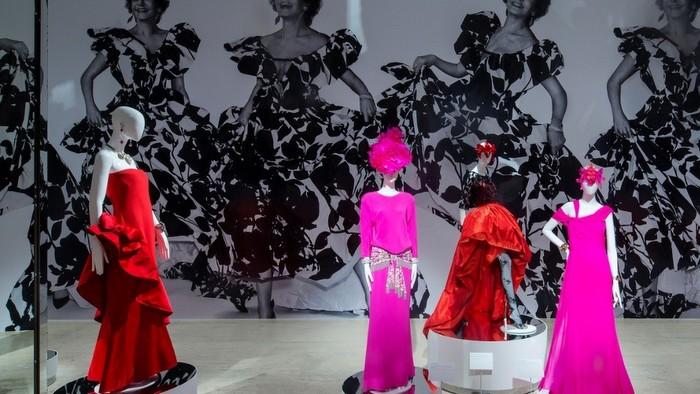De musas, modas y espejos en el Museo Jumex