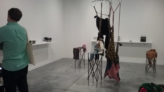 Galería Isla Flotante: La filosofía de los objetos