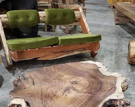 Madera rústica para decorar en Fiart 2019