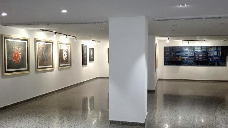 Meditaciones y silencios de Choco en Collage Habana