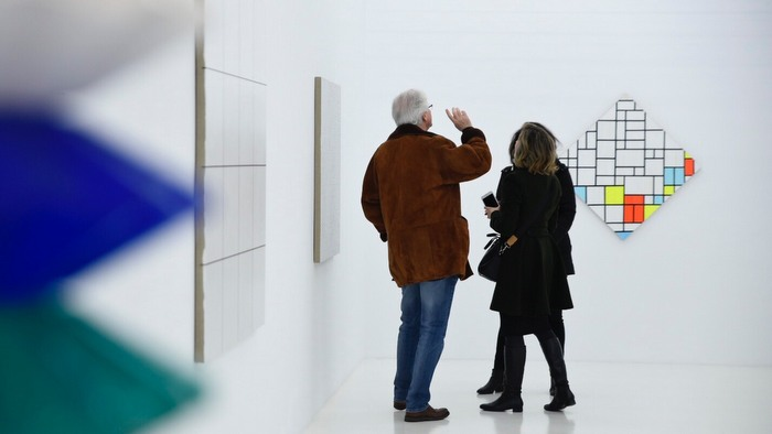 ARCO Madrid: Guided visits and advice for collecting