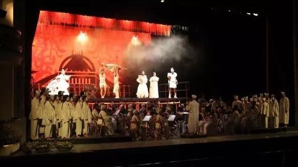 """En Estados Unidos ópera de Mozart """"a la cubana"""""""