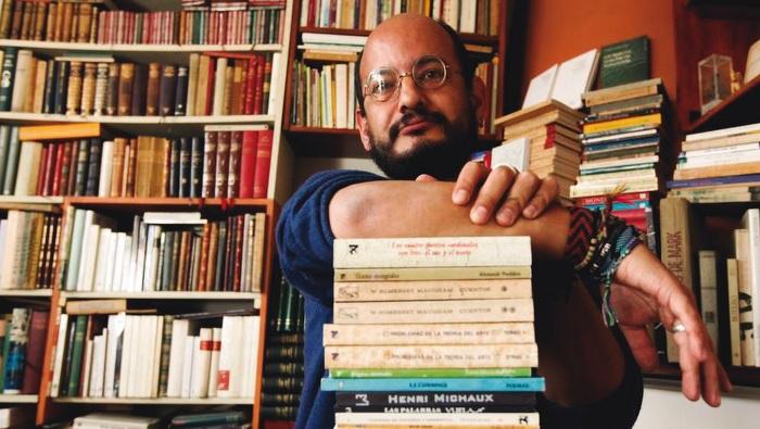 A bookseller, Álvaro Castillo Granada