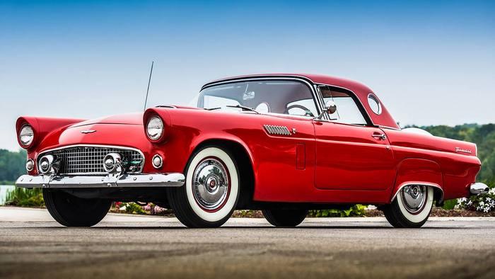 Rodar con Arte: Thunderbird, el Ford que cautivó Hollywood