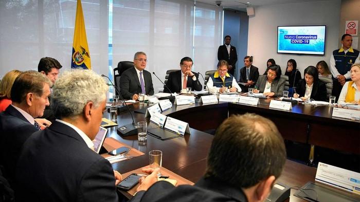 Presidente de Colombia ordena aplazamiento de eventos, conciertos y actividades masivas