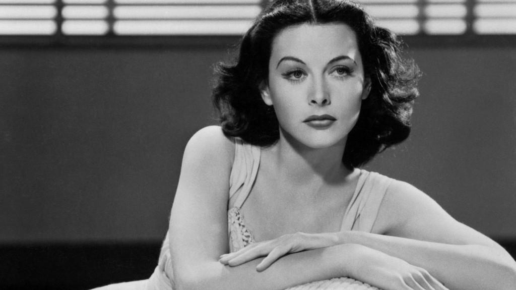 Rodar con Arte. La actriz Hedy Lamarr y los autos autónomos