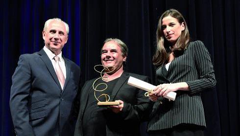 El prestigioso malabarista Germán Muñoz: Premio Excelencias Cuba