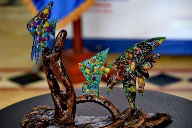 Dominicana reconoce a sus artesanos