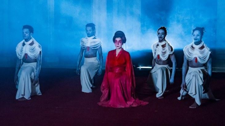 Yuko Fong: La artista japonesa que hace del arte su patria