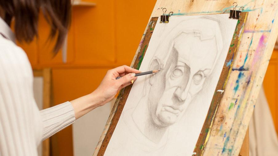 ¿Quieres iniciarte en el arte? Esta es tu oportunidad