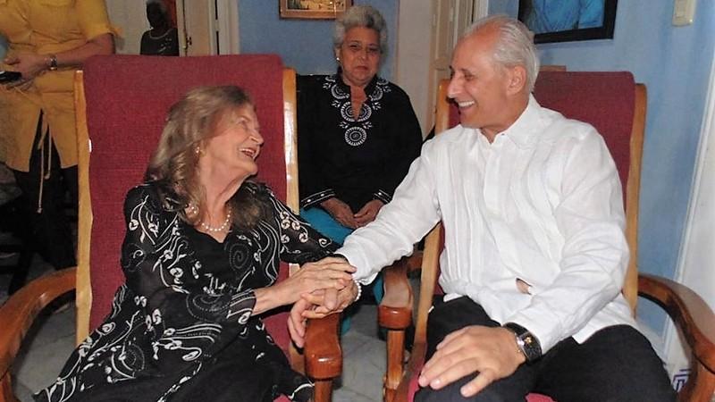 Carilda Oliver Labra y José Carlos de Santiago, poesía y excelencia
