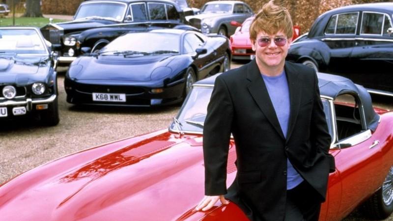 Rodar con Arte: Los automóviles de Elton John