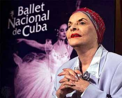 Cuban Ballerina Alicia Alonso Receives Medal and Award in Spain
