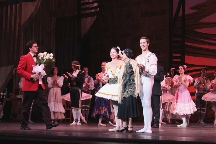 Alicia Alonso and Cuban Ballet Acclaimed in USA