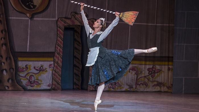 La Cenicienta, en... danza