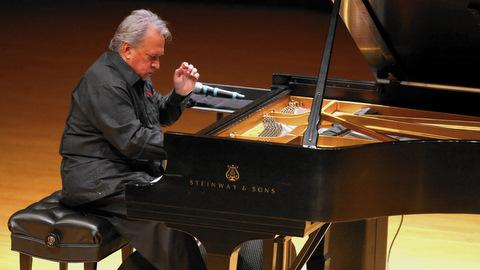 De Frank Fernández, un concierto, emociones y reflexiones