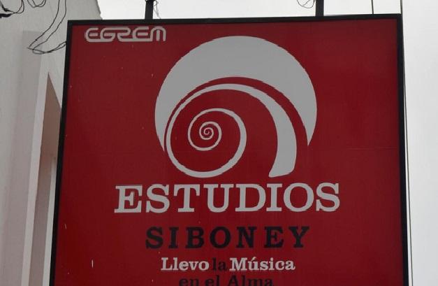 Estudios Siboney de cumpleaños en Festival del Caribe