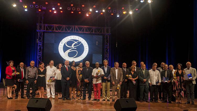 Entregan los Premios Excelencias Cuba 2017
