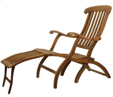 The deck chair from the Titanic. Courtesy of the Museum of the City of New York.