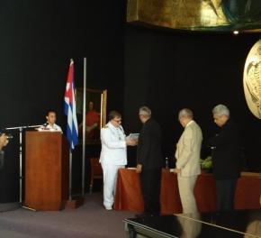 Investigador español es nombrado miembro de la Academia de Historia de Cuba