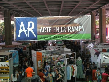 Feria Arte en La Rampa habanera durante todo el verano