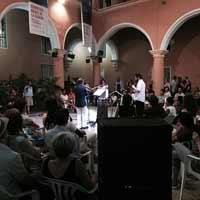 Bienal de La Habana llega con performance a comunidades capitalinas