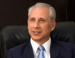 Entrevista a José Carlos de Santiago, presidente del Grupo Excelencias: A Santiago le ponemos amor y corazón (I)