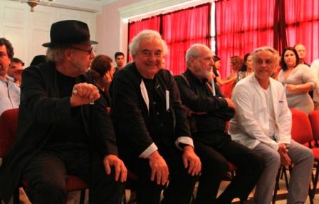 Entrega Universidad de las Artes cubana distinción Honoris Causa a destacados creadores