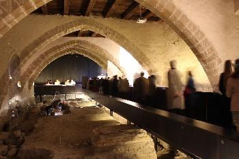 Pamplona nos invita este verano a conocer su historia desde el Archivo Real y General de Navarra