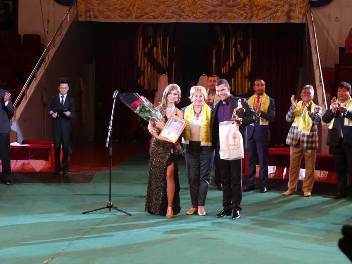 Magos Sixto y Lucía, nuevo premio para Cuba