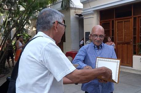 Premio de Diseño Gráfico «Eduardo Muñoz Bachs» para Ricardo Reymena
