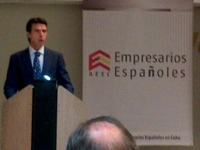 Ministro de Industria, Energía y Turismo de España llegó a Cuba para vigorizar comercio e inversiones
