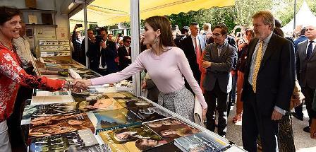Fiel a su cita, la 75ª edición de la Feria del Libro de Madrid abrió sus puertas en el Retiro