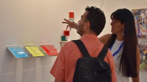 Gabriela Rosso, director of Rofa Project, explains her project to our correspondent Yordanis Ricardo