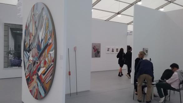 Nueveochenta (Colombia), Arroniz Art Contemporáneo (Mexico) y NF (Nieves Fernández) en UNTITLED 2019