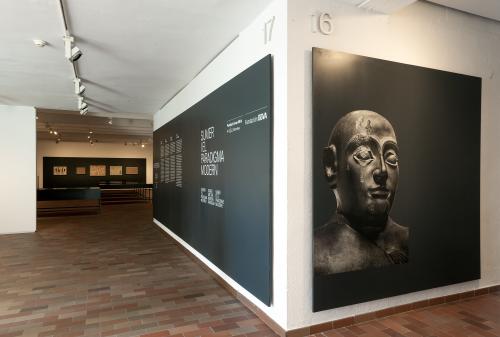 """Exposición """"Sumeria y el paradigma moderno"""" en la Fundació Joan Miró"""