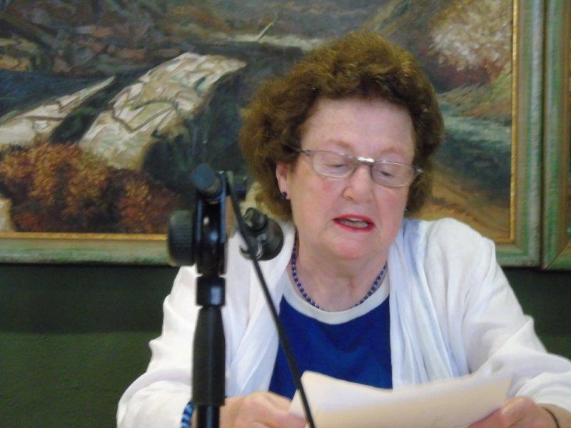 La secretaria y confidente. Valerie Hemingway